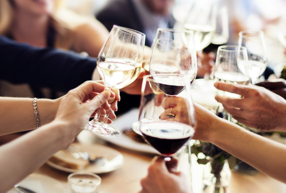 How to Host an Outstanding Wine Party