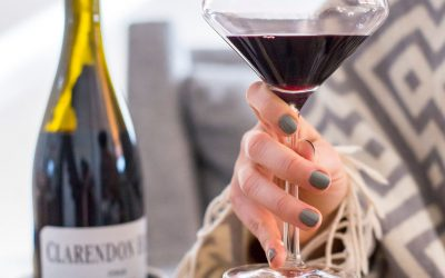 Our Favorite Wine and Movie Pairings for Galentine's Day