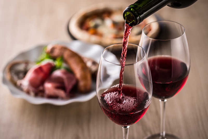A Guide To Pairing German Dishes With Wine
